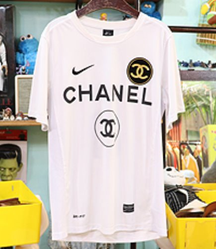 CHANEL x NIKE 협업 반팔져지 ~ S사이즈 !!!