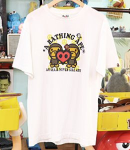A BATHING APE ~ M사이즈 !!!